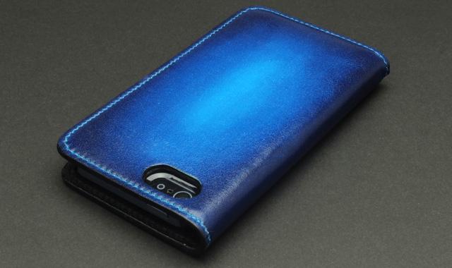 ブルー:Bleu saphir ブルー・サフィール(サファイアの青)
